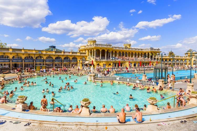 Budapest Thermal Baths. Relax and enjoy!