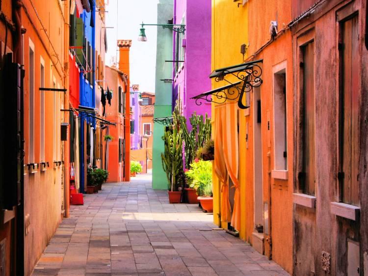 Colourful Venice alleys